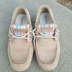 Girl's Sperry sneakers sz 2.5